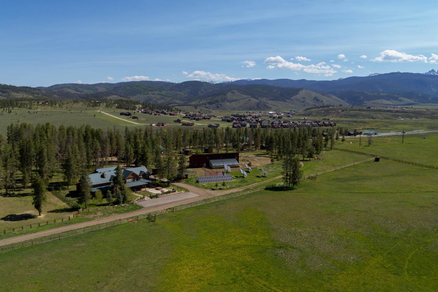 39. Single Family Homes for Active at An Extremely Rare Opportunity In Grand County 3444 County Road 5 Fraser, Colorado 80442 United States