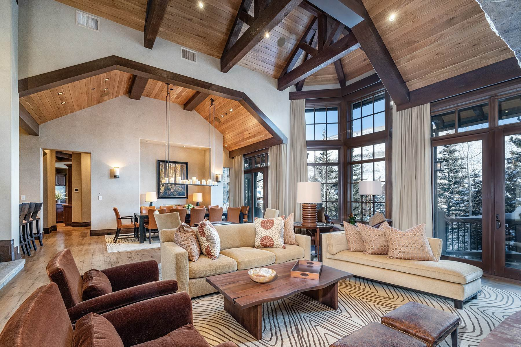 6. Single Family Homes for Active at Coveted Ski-In/Ski-Out in Vail 615 Forest Place Vail, Colorado 81657 United States