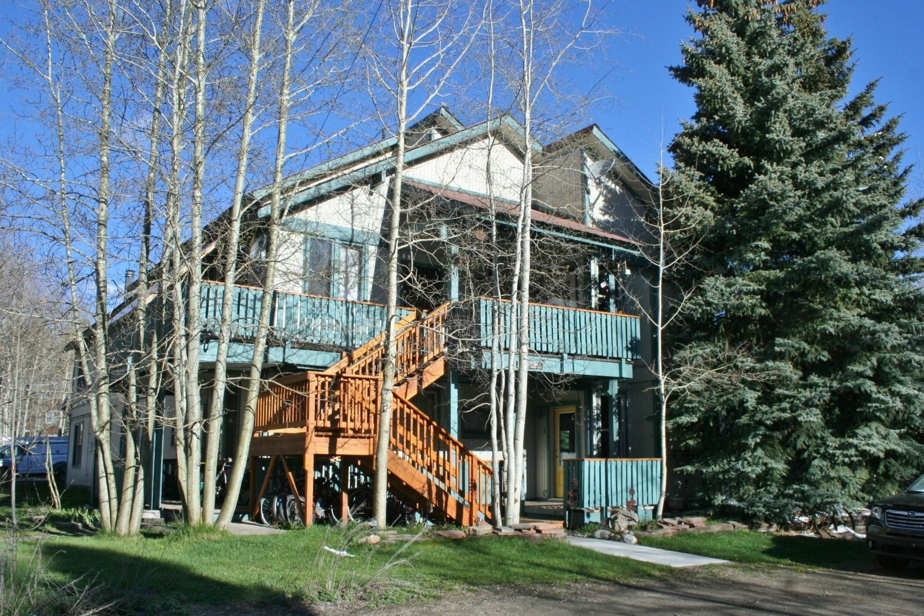 Condominiums for Active at Remodeled Condo Only Blocks from Downtown Crested Butte 28 Whiterock Avenue, Unit 1 Crested Butte, Colorado 81224 United States