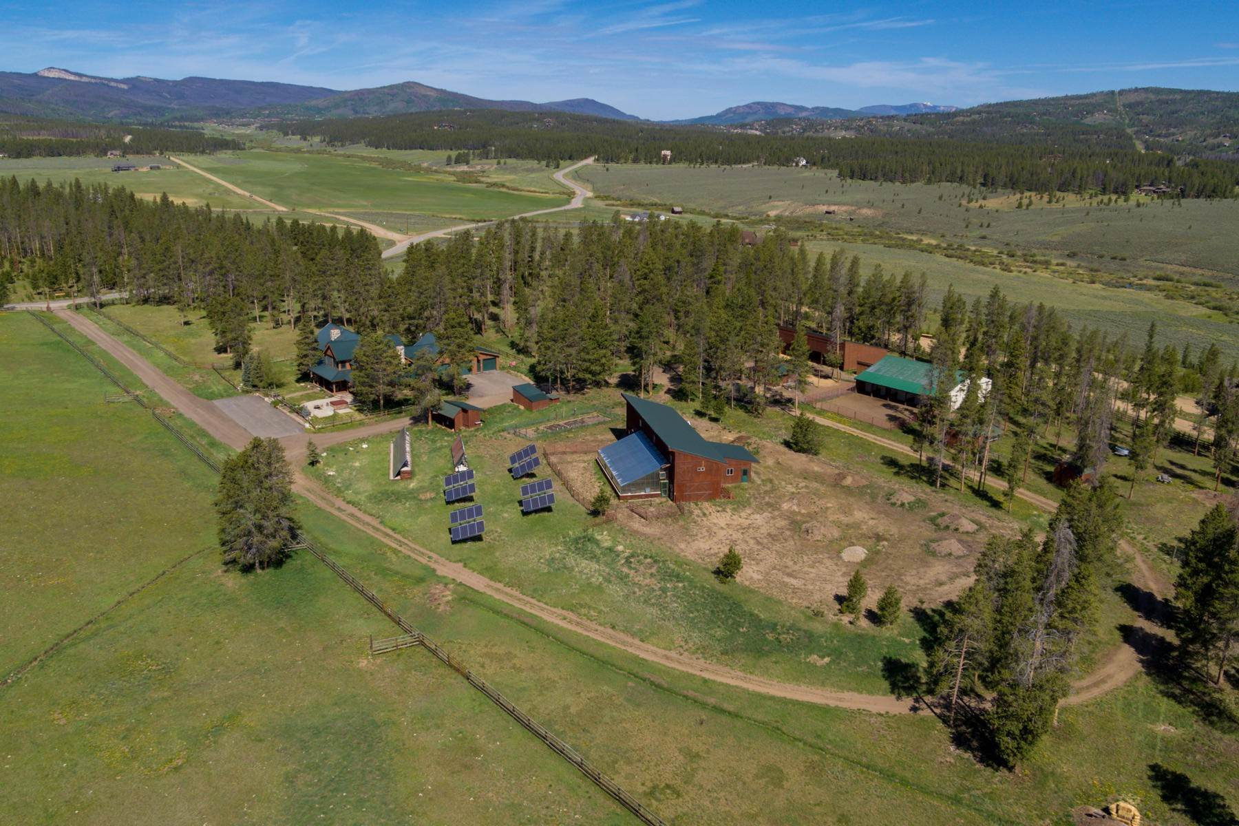 37. Single Family Homes for Active at An Extremely Rare Opportunity In Grand County 3444 County Road 5 Fraser, Colorado 80442 United States