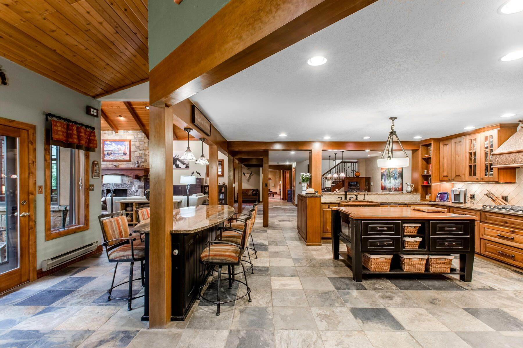 15. Single Family Homes for Active at Luxury Mountain Home with Endless Mountain Views & Ample Outdoor Living Spaces 34814 West Meadow Road Evergreen, Colorado 80439 United States