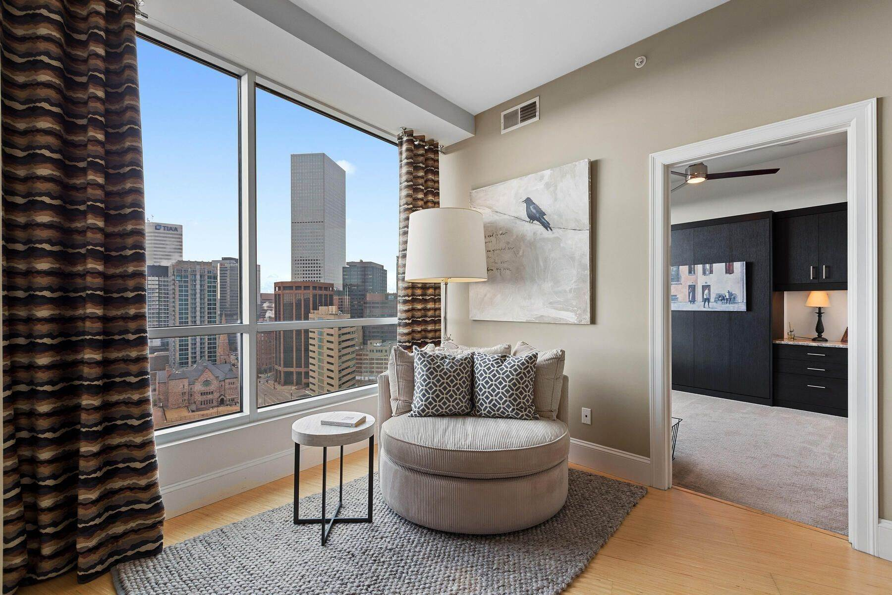 20. Condominiums for Active at Turn Key Condo! 2001 Lincoln Street, Unit# 1810 Denver, Colorado 80202 United States