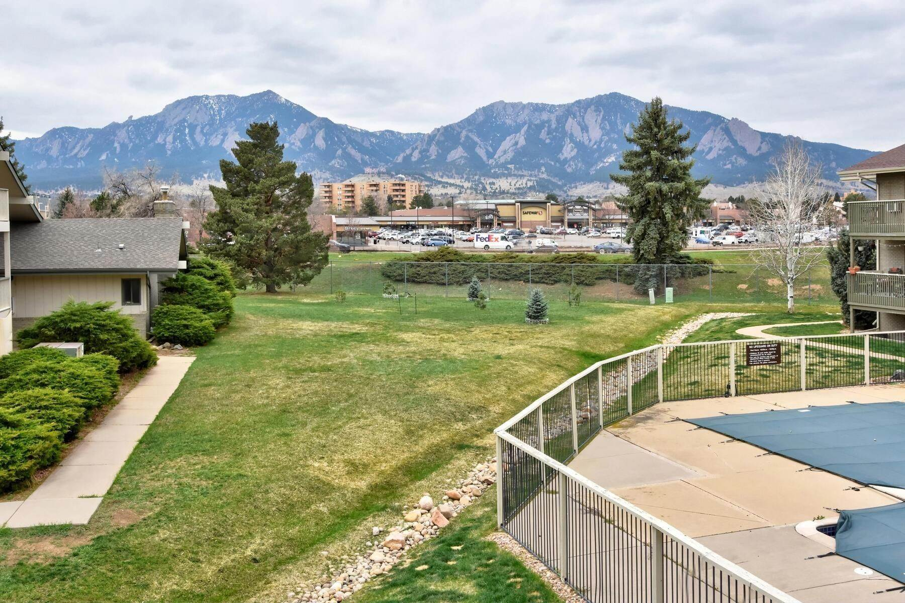Condominiums for Active at 695 Manhattan Drive Unit #13, Boulder, CO, 80303 695 Manhattan Drive, Unit# 13 Boulder, Colorado 80303 United States