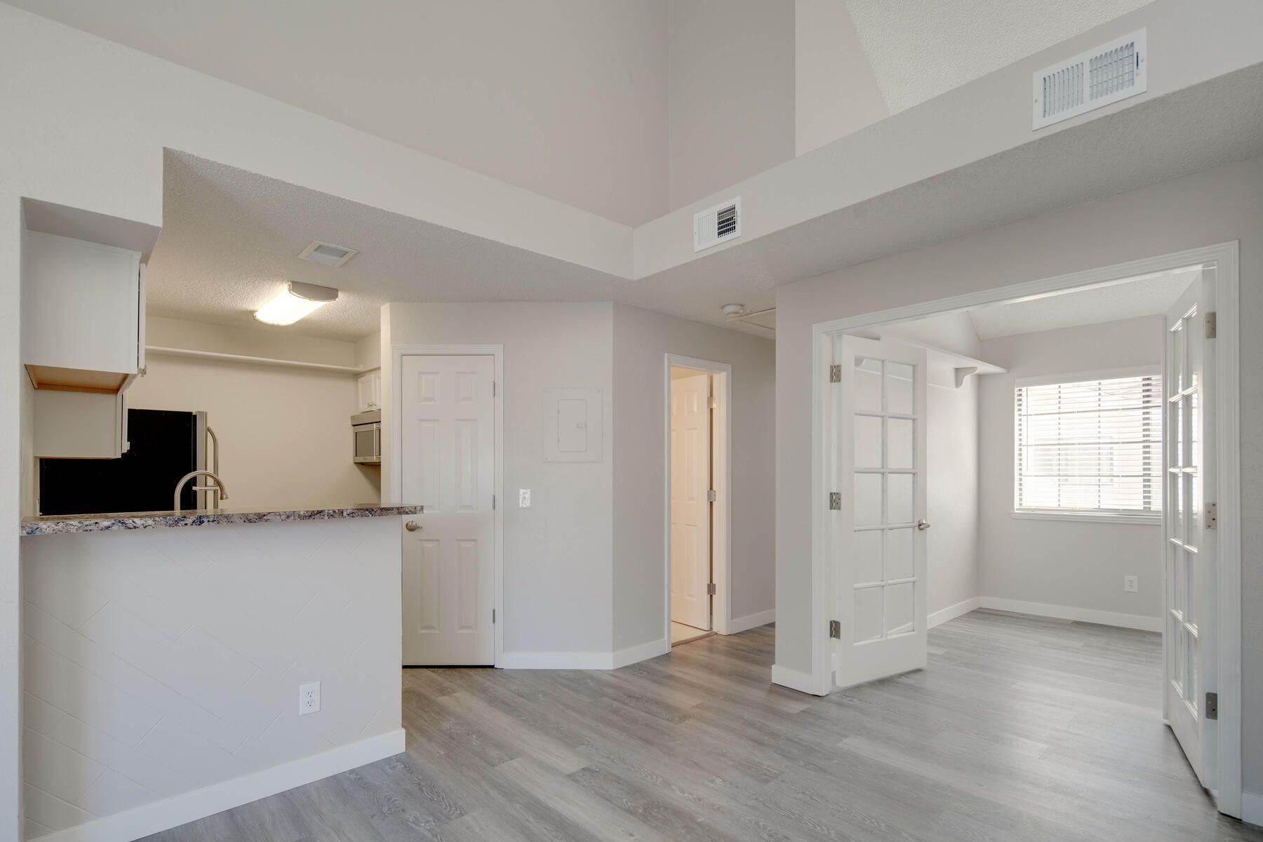 5. Condominiums for Active at 930 S Dahlia Street, Denver, Co, 80246 930 S Dahlia Street, Unit# C Denver, Colorado 80246 United States