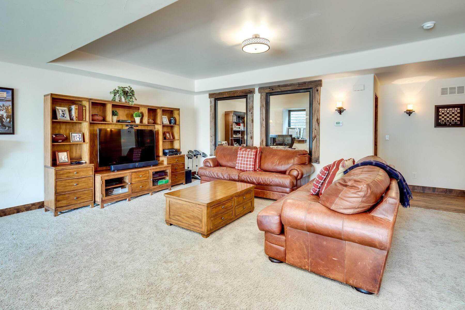 25. Single Family Homes for Active at 6156 E Powers Avenue, Greenwood Village, Co, 80111 6156 E Powers Avenue Greenwood Village, Colorado 80111 United States