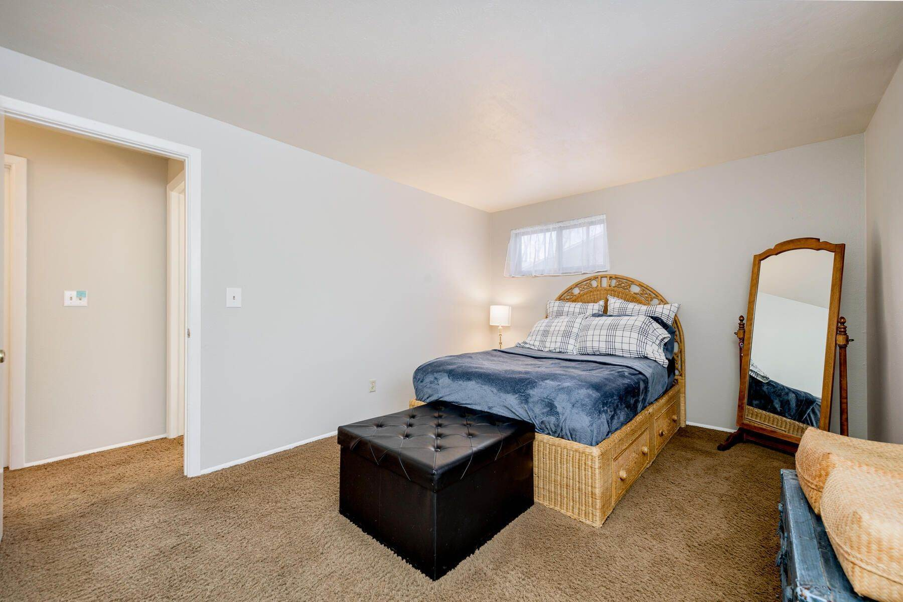 23. Single Family Homes for Active at 3036 S Alton Court, Denver, Co, 80231 3036 S Alton Court Denver, Colorado 80231 United States