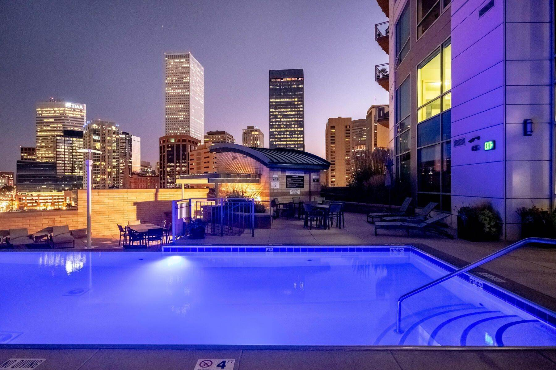 24. Condominiums for Active at Elegant design meets Relaxation! 2001 Lincoln Street, Unit# 1622 Denver, Colorado 80202 United States
