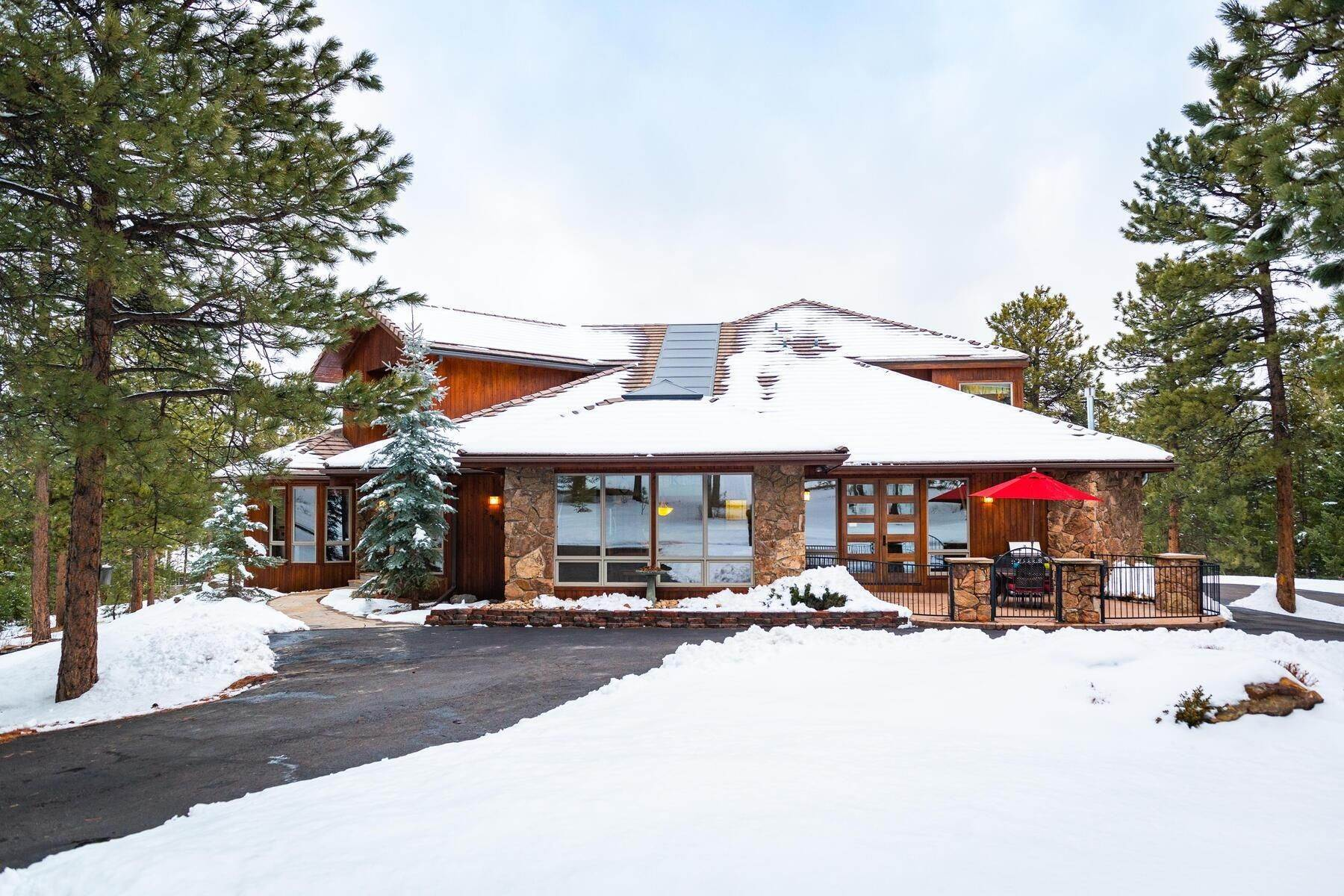 Single Family Homes for Active at Serene, Private Setting in the Heart of N. Evergreen! 29807 Carriage Loop Drive Evergreen, Colorado 80439 United States
