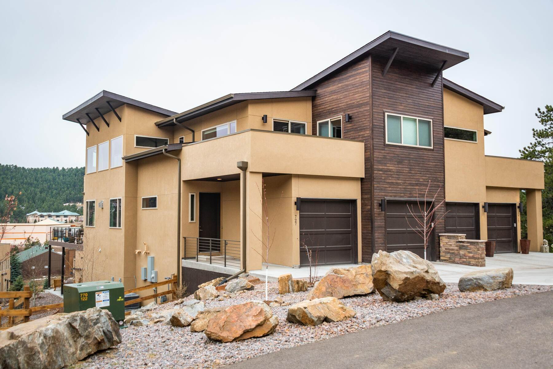 Duplex Homes for Active at Exquisite & Carefully Curated With Extensive Upgrades 727 Dreamcatcher Lane Evergreen, Colorado 80439 United States