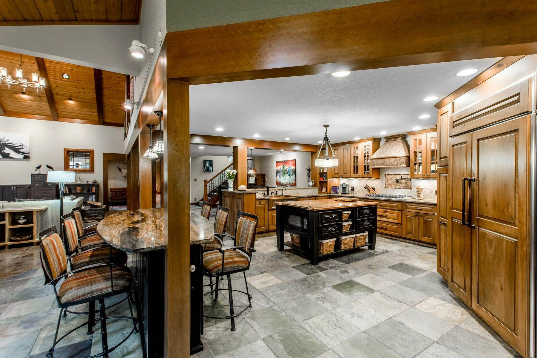 12. Single Family Homes for Active at Luxury Mountain Home with Endless Mountain Views & Ample Outdoor Living Spaces 34814 West Meadow Road Evergreen, Colorado 80439 United States