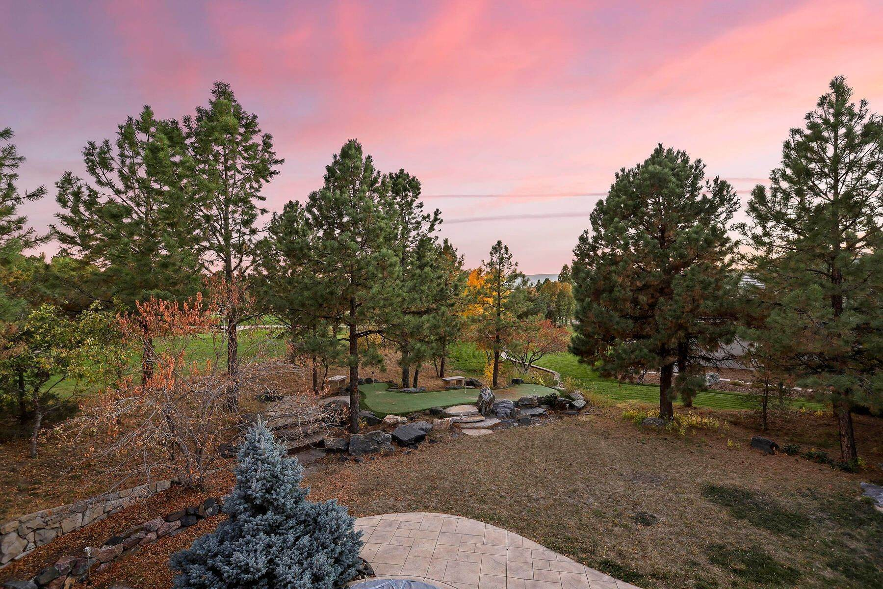 40. Single Family Homes for Active at 701 Golf Club Drive, Castle Rock, Co, 80108 701 Golf Club Drive Castle Rock, Colorado 80108 United States