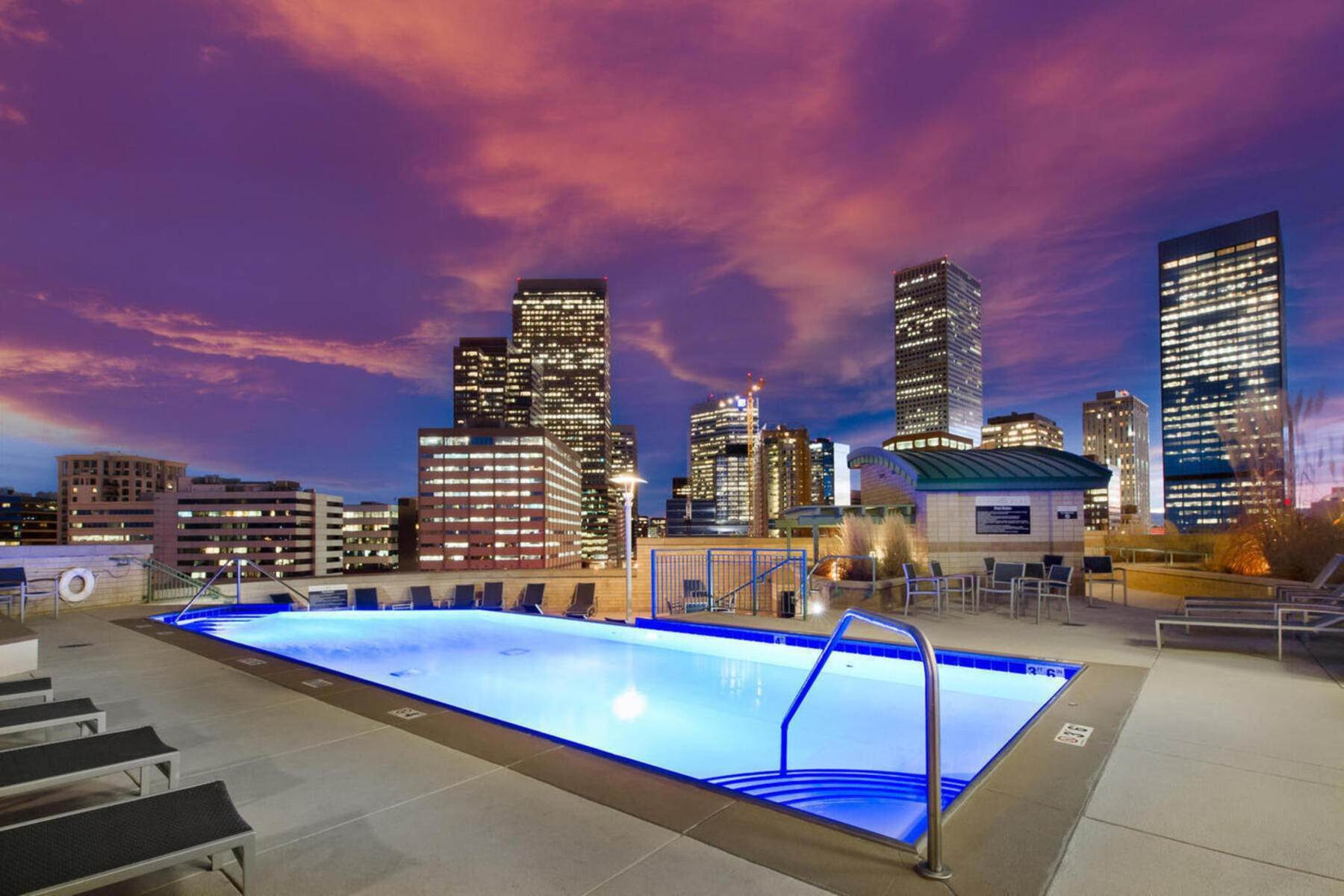 47. Condominiums for Active at Artistic Design with Function in Mind. 2001 Lincoln Street, Unit #2222 Denver, Colorado 80202 United States