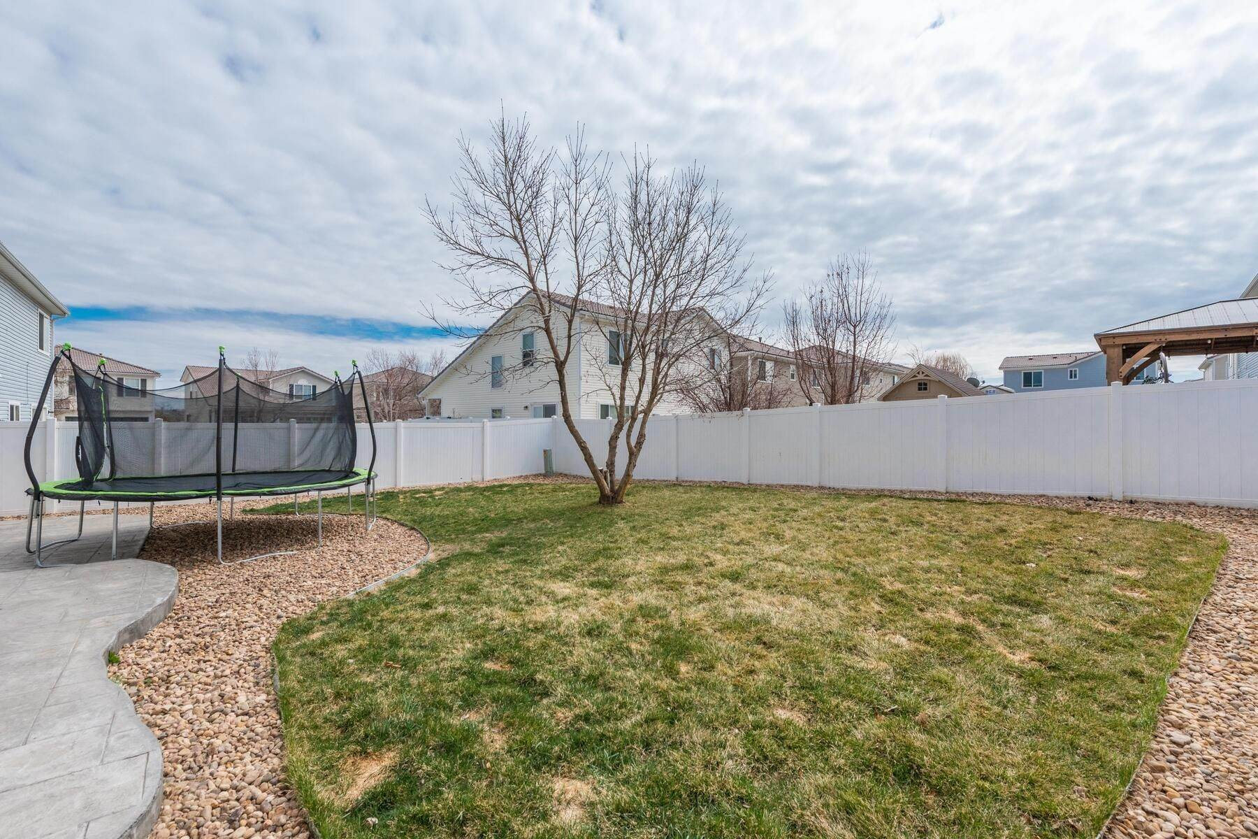 33. Single Family Homes for Active at Gorgeous & Extremely Well Maintained Green Valley Home! 4982 Fundy Street Denver, Colorado 80249 United States