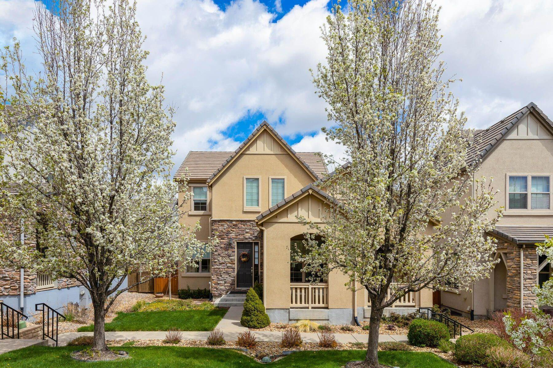Single Family Homes for Active at 10325 Bluffmont Drive, Lone Tree, Co, 80124 10325 Bluffmont Drive Lone Tree, Colorado 80124 United States
