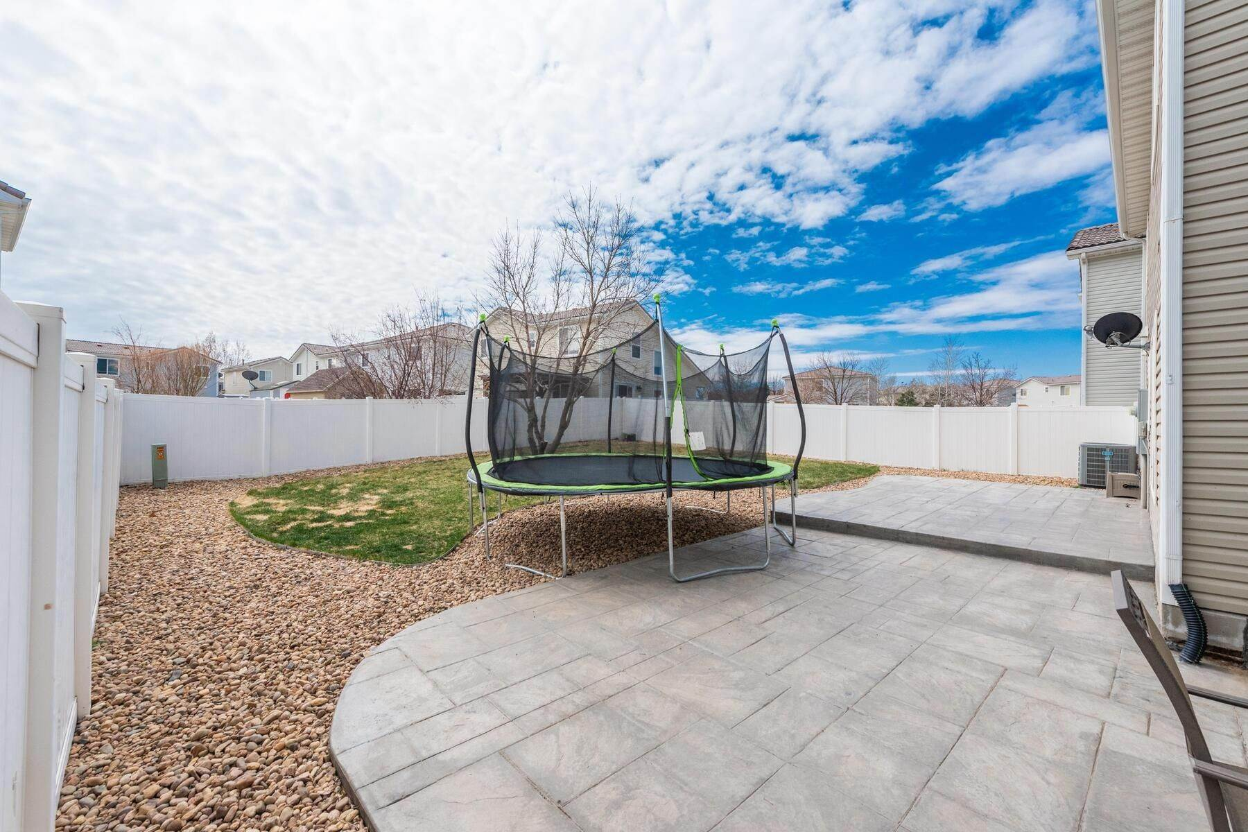 27. Single Family Homes for Active at Gorgeous & Extremely Well Maintained Green Valley Home! 4982 Fundy Street Denver, Colorado 80249 United States