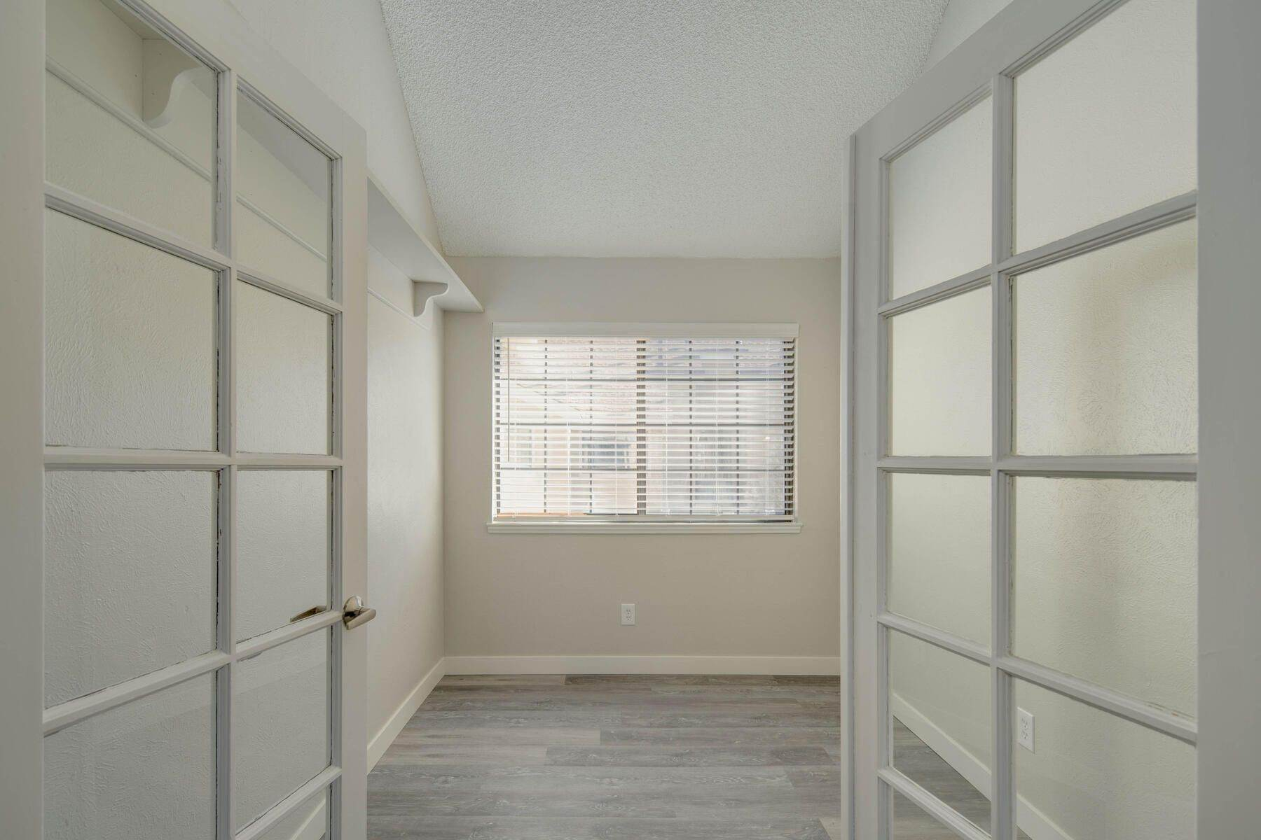 11. Condominiums for Active at 930 S Dahlia Street, Denver, Co, 80246 930 S Dahlia Street, Unit# C Denver, Colorado 80246 United States