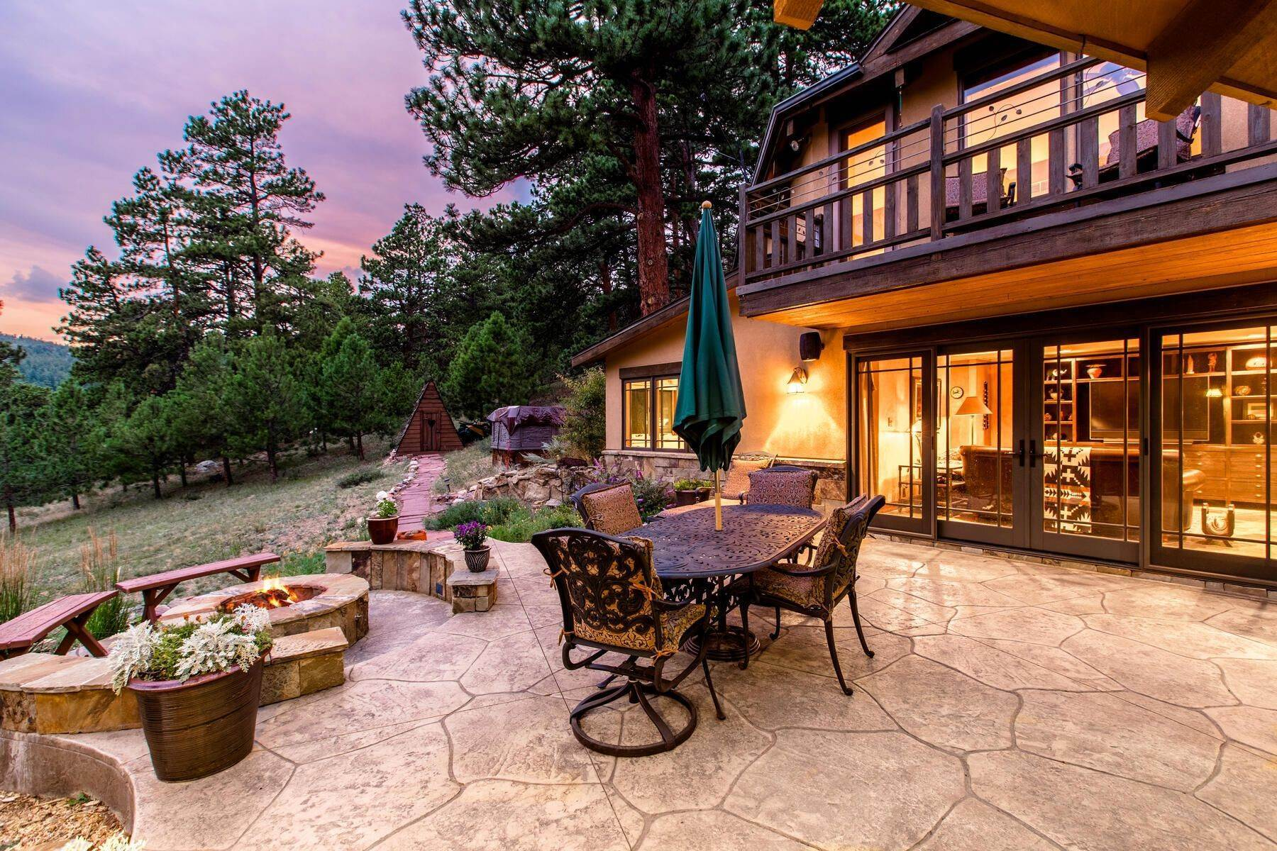 43. Single Family Homes for Active at Luxury Mountain Home with Endless Mountain Views & Ample Outdoor Living Spaces 34814 West Meadow Road Evergreen, Colorado 80439 United States