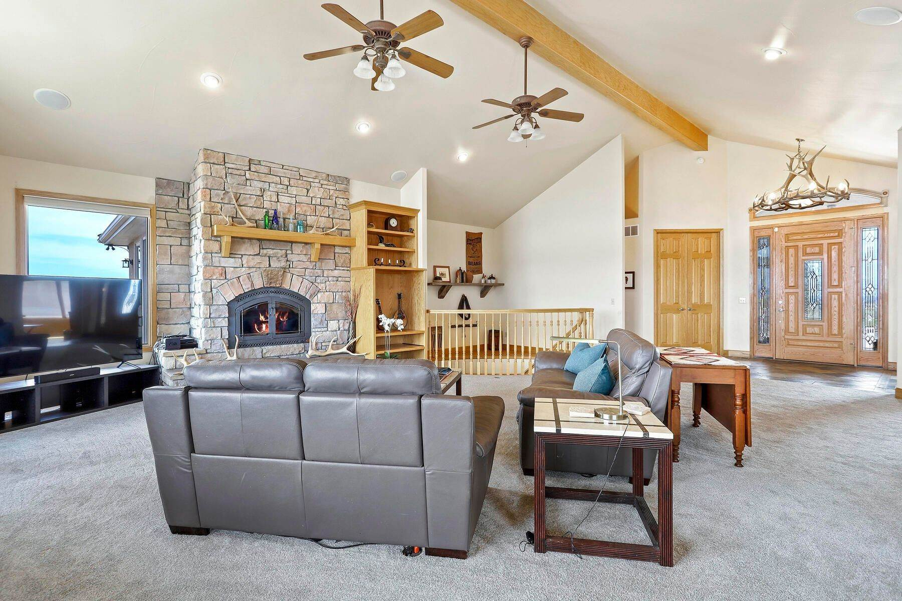 4. Single Family Homes for Active at 5219 Stone Canon Ranch Road, Castle Rock, Co, 80104 5219 Stone Canon Ranch Road Castle Rock, Colorado 80104 United States